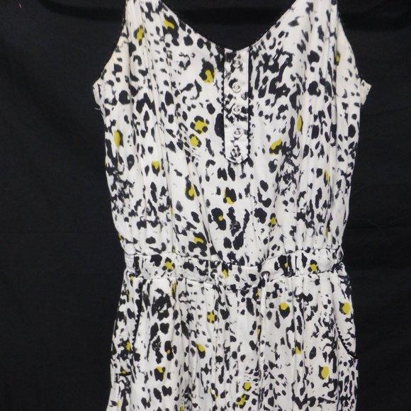 DYNAMITE, xs, white, black, yellow, dress, BNWOT